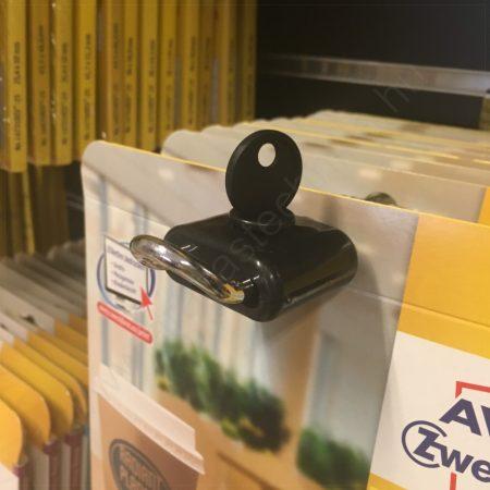 Kulcsos biztonsági zár dupla kampóra - FEKETE