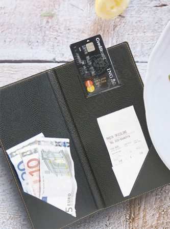 Számla bemutató - Trendy leather style - bankkártya és aprópénztartóval - csáró Securit® (MC-TRBP-BL)